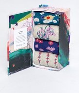 Bamboe-4-paar-damessokken-spring-flowers-in-cadeaudoos